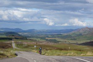 Schottland Radreise mit Gepäck sommer reisen touren Schottland Reise Radurlaub Radreise Gepächanhänger Fernfahrt Fahrradurlaub Fahrradreise Fahrradanhänger Einspuranhänger