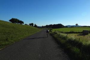 Sommerwochenende am Doubs sommer reisen touren Schweiz Jura Frankreich