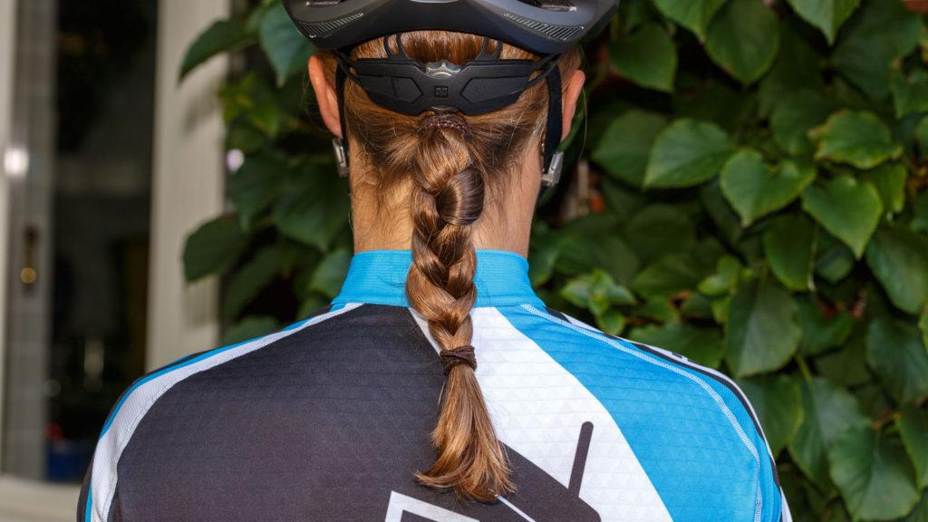 Die Frau und ihr Haar   Kopfhaare allgemein Körperpflege Erfahrungen