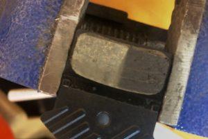 Quietschende Scheibenbremsen wegen Verglasung? workshops sicherheit Scheibenbremse Reparatur Bremse